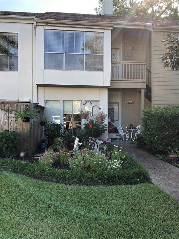2100 Tanglewilde Street #744, Houston, TX 77063 (MLS #87798097) :: Krueger Real Estate