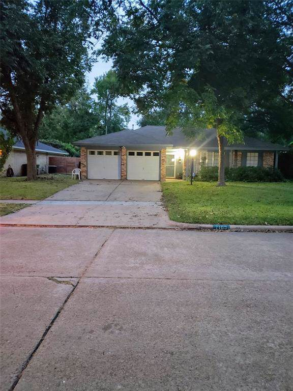 7103 Pine Grove Drive, Houston, TX 77092 (MLS #8795759) :: Giorgi Real Estate Group