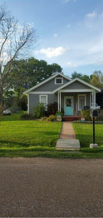 1009 Mansfield Street, Garwood, TX 77442 (MLS #87991498) :: The SOLD by George Team