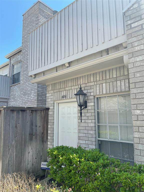 3800 Tanglewilde Street #604, Houston, TX 77063 (MLS #88099011) :: The Freund Group