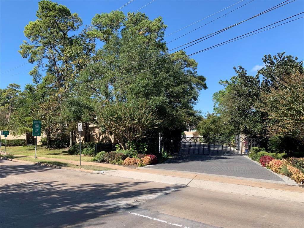 10118 Memorial Drive - Photo 1