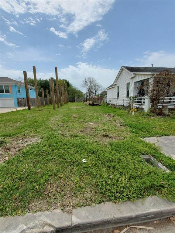 3817 Avenue R, Galveston, TX 77550 (MLS #88243090) :: The Sansone Group