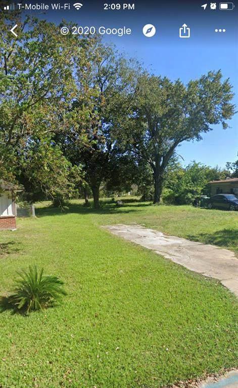 10022 Cheeves Drive, Houston, TX 77016 (MLS #88249956) :: NewHomePrograms.com LLC