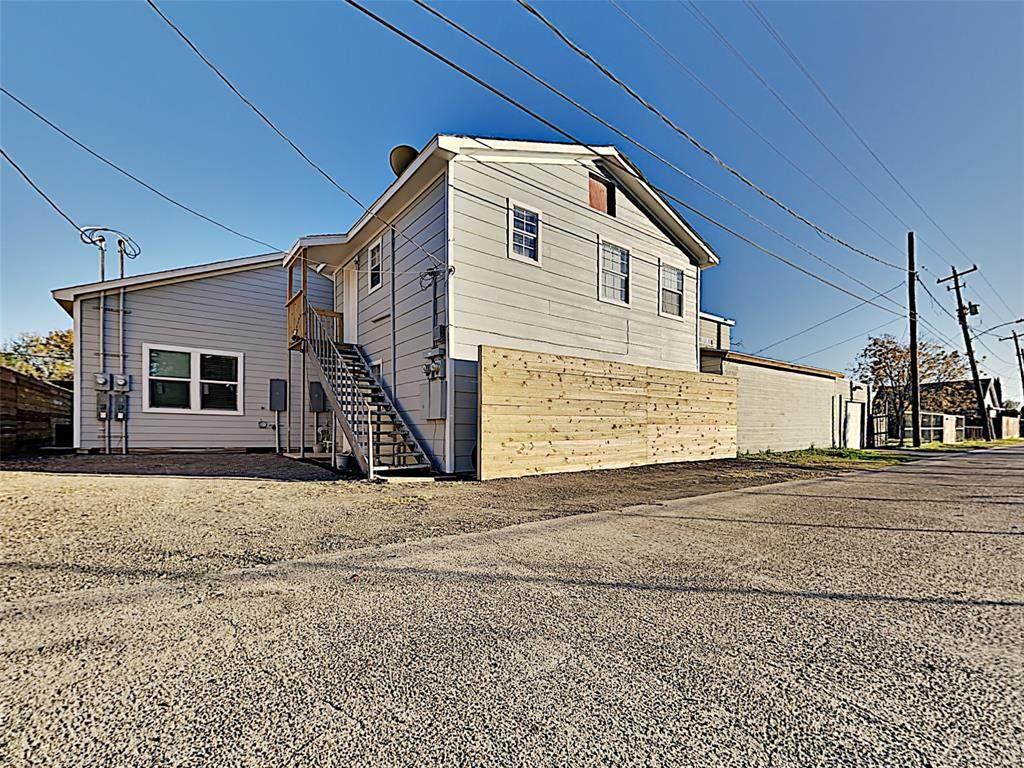 2620 Delafield Street - Photo 1