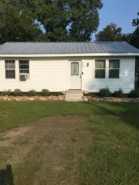 242 Pickard Road, Zavalla, TX 75980 (MLS #88435781) :: The Heyl Group at Keller Williams