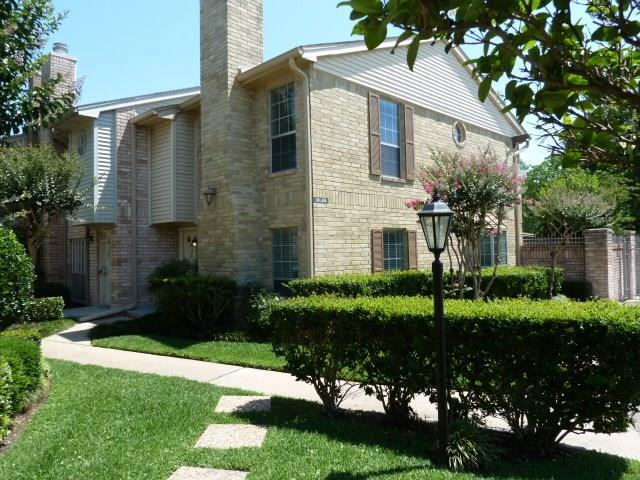 3100 Jeanetta Street #204, Houston, TX 77063 (MLS #88447716) :: Magnolia Realty
