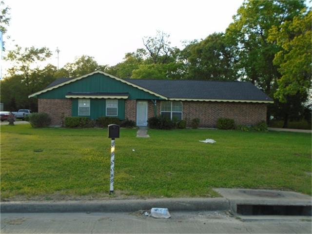 4203 Hwy 146, Baytown, TX 77520 (MLS #88587143) :: The SOLD by George Team
