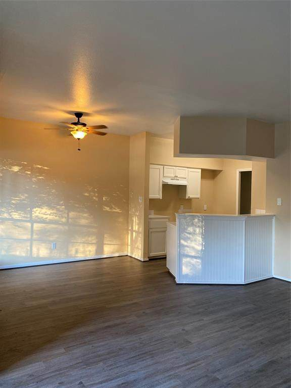 12380 Sandpiper Drive #405, Houston, TX 77035 (MLS #88822060) :: The SOLD by George Team