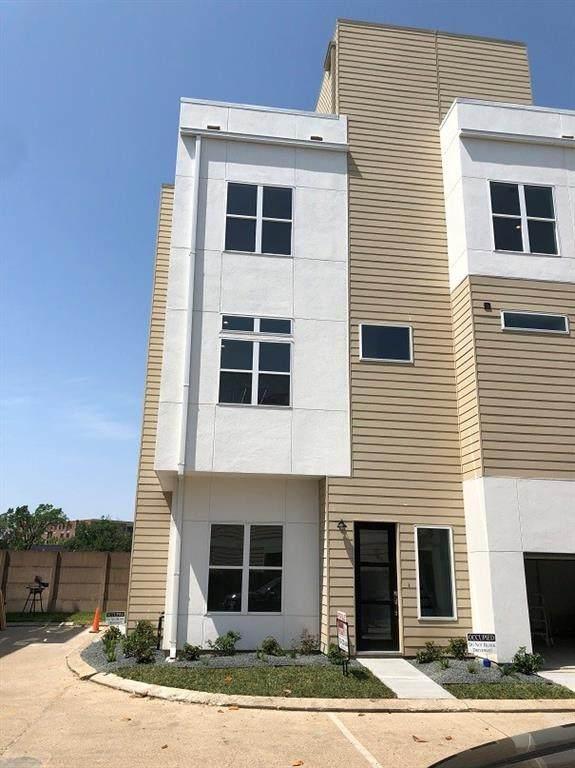 2360 Sperber Lane, Houston, TX 77003 (MLS #88828868) :: The Home Branch