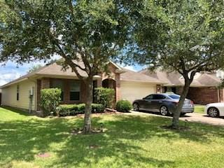 2916 Landing Edge Lane, Dickinson, TX 77539 (MLS #88916632) :: Texas Home Shop Realty