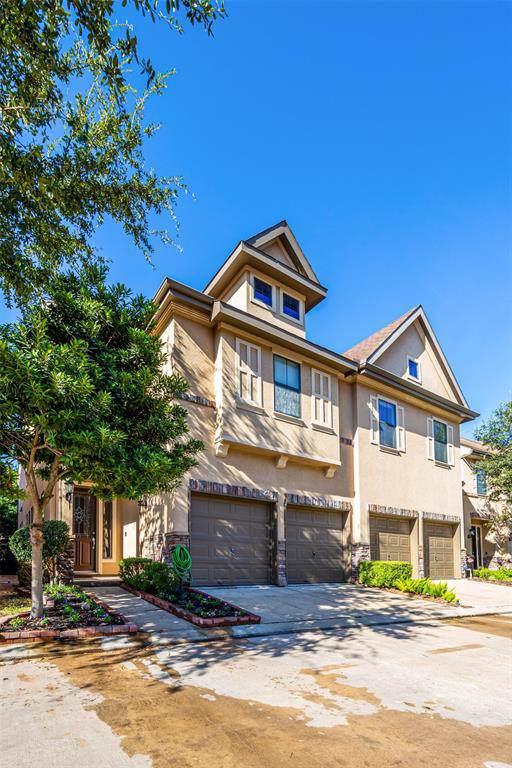 2938 Royal Oaks Crest, Houston, TX 77082 (MLS #88949155) :: CORE Realty