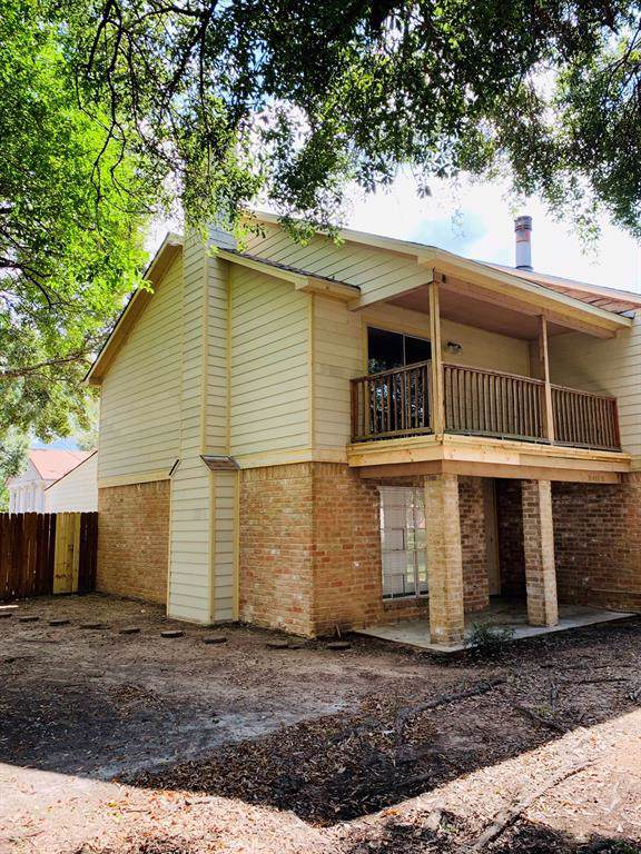 12423 W Village Drive A, Houston, TX 77039 (MLS #89130067) :: Texas Home Shop Realty