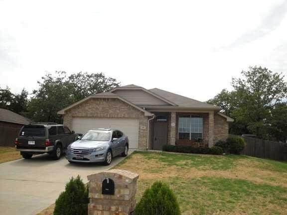 386 Molly Lane, Lindale, TX 75771 (MLS #89229747) :: The Queen Team