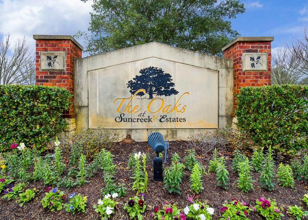 526 Lakeland Circle - Photo 1