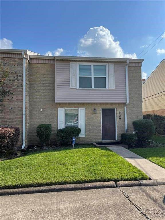 920 Park Meadow Drive, Beaumont, TX 77706 (MLS #89531844) :: All Cities USA Realty