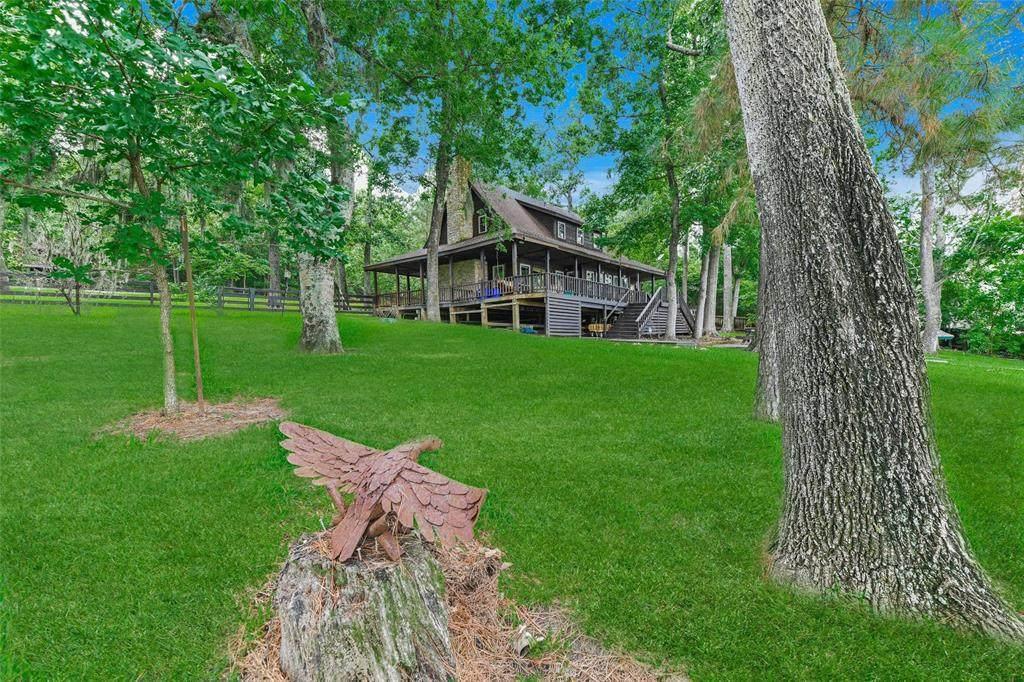 1725 Lakeview Estates Drive - Photo 1