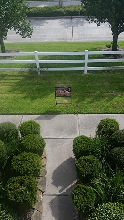 19308 Stars Hollow Drive, Houston, TX 77073 (MLS #89791645) :: Red Door Realty & Associates