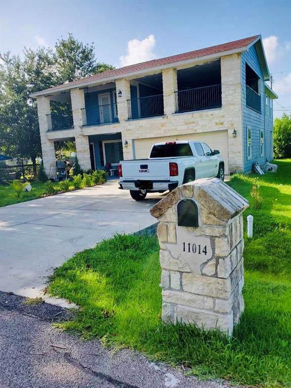 11014 Houston Drive, La Porte, TX 77571 (MLS #89864639) :: JL Realty Team at Coldwell Banker, United