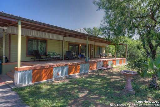 9720 Dix Road, Kingsbury, TX 78638 (MLS #89935420) :: Texas Home Shop Realty