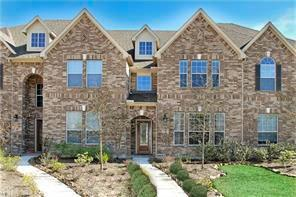 6 Pine Needle Place, The Woodlands, TX 77382 (MLS #90622631) :: Christy Buck Team