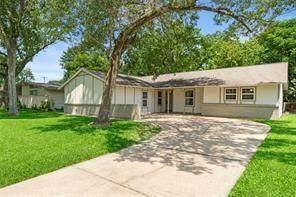 7034 Hazen Street, Houston, TX 77074 (MLS #90999148) :: My BCS Home Real Estate Group