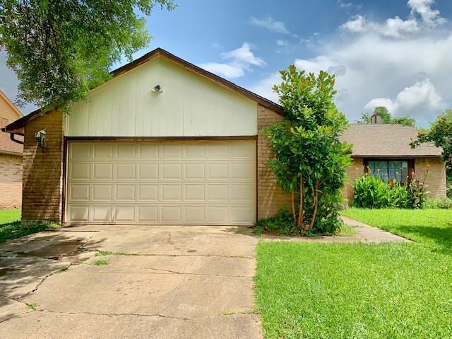 14643 Morinscott Drive, Houston, TX 77049 (MLS #91425644) :: The Parodi Team at Realty Associates