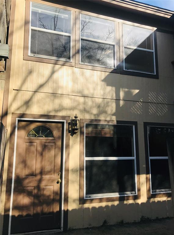 8 Lakeway Street, Conroe, TX 77304 (MLS #91516122) :: NewHomePrograms.com LLC