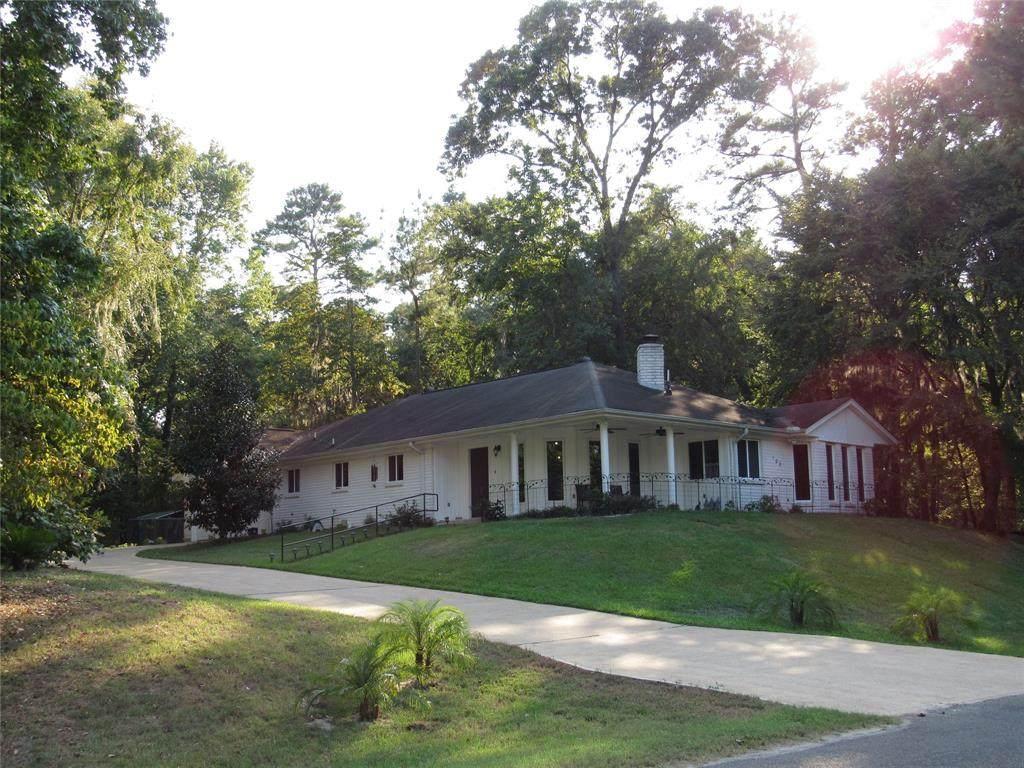 108 Cottonwood Road - Photo 1