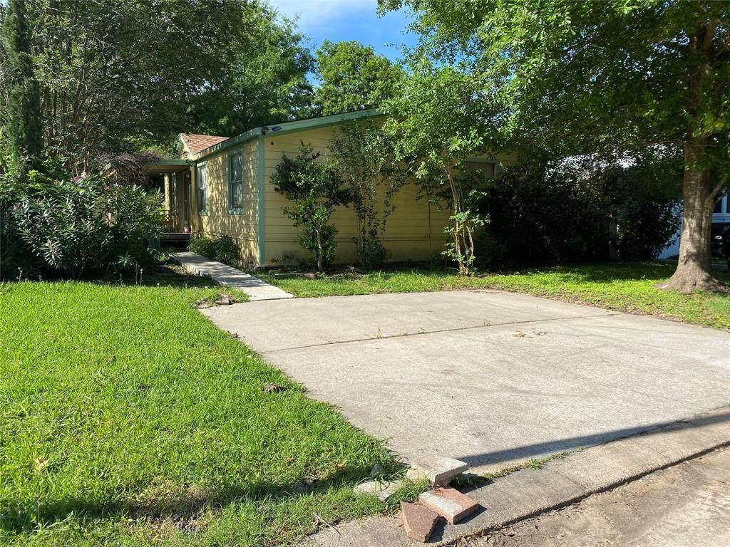 9943 Cedar Branch Drive - Photo 1