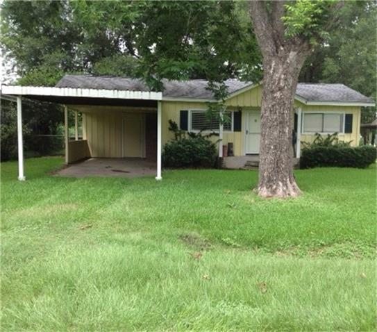 1606 E Taylor Lake Circle, Livingston, TX 77351 (MLS #92147285) :: Mari Realty