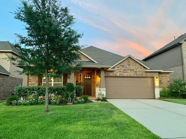 233 Dove Meadow Drive, Conroe, TX 77384 (MLS #92337356) :: The Home Branch