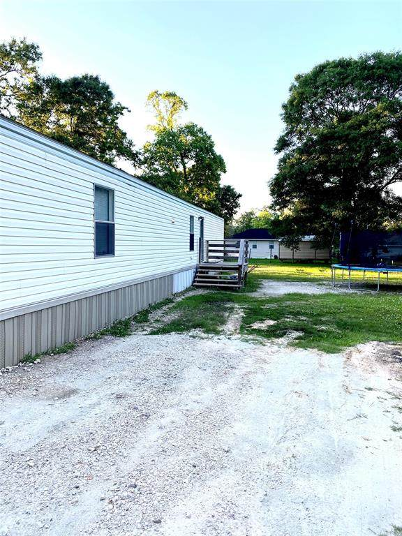 22093 Newton Drive, New Caney, TX 77357 (MLS #92390603) :: The Property Guys