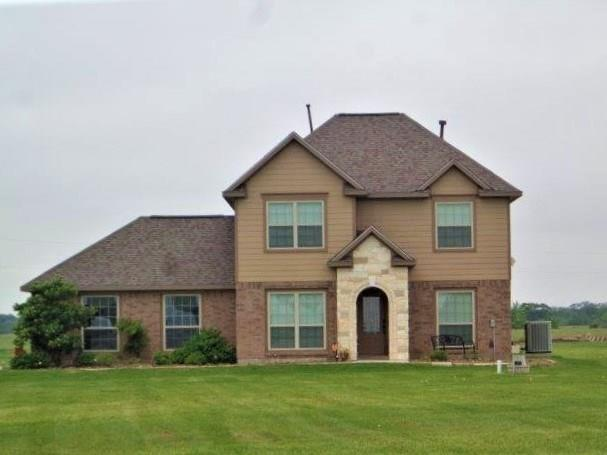 475 Quarter Horse Trail, Angleton, TX 77515 (MLS #92649789) :: Texas Home Shop Realty