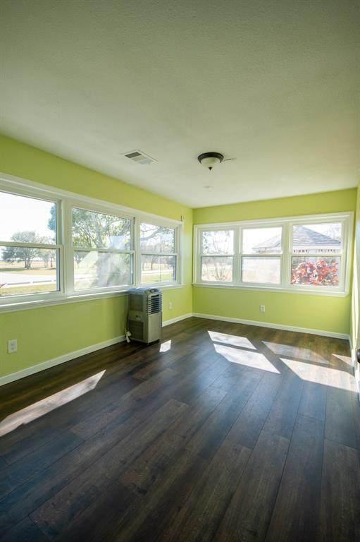 1005 Park Drive, La Porte, TX 77571 (MLS #92745632) :: Lerner Realty Solutions