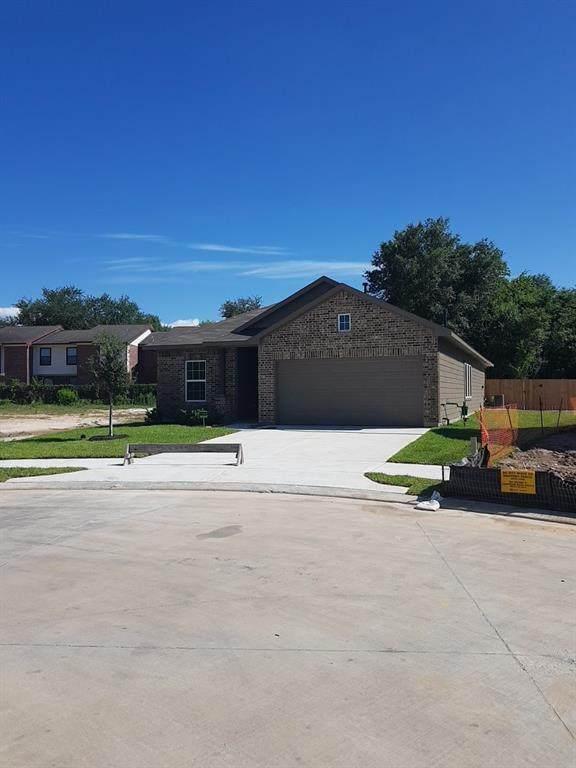 806 Steam Ridge Lane, Tomball, TX 77375 (MLS #92753255) :: Ellison Real Estate Team