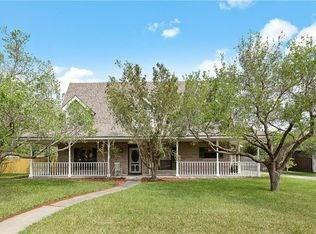 122 Saint Anthony Drive, Sinton, TX 78387 (MLS #92757989) :: The Heyl Group at Keller Williams