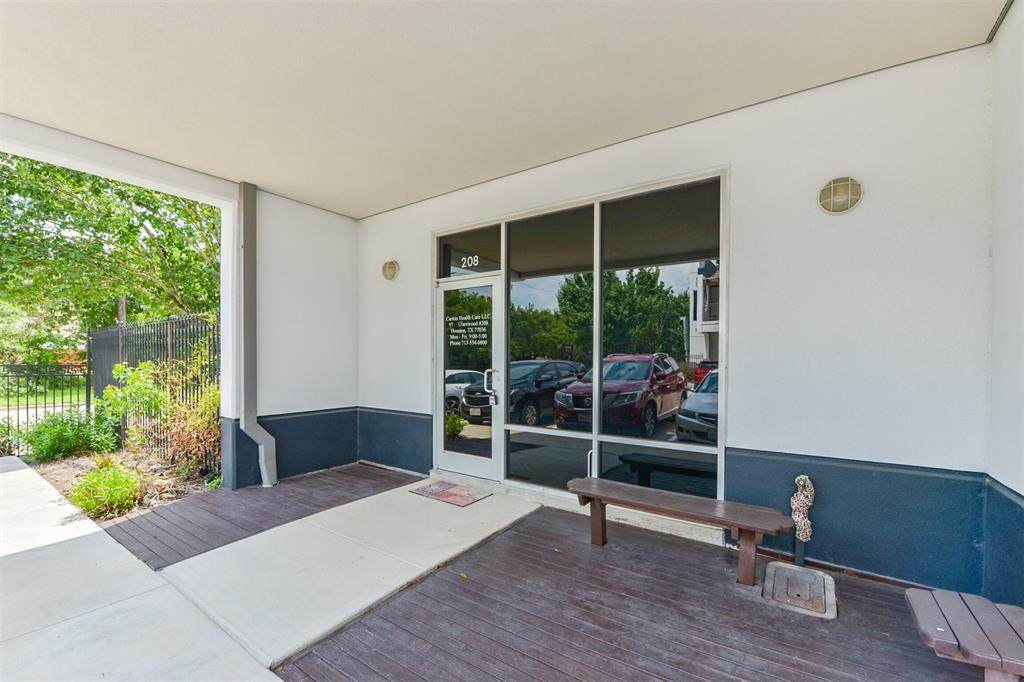 9788 Clarewood Drive - Photo 1