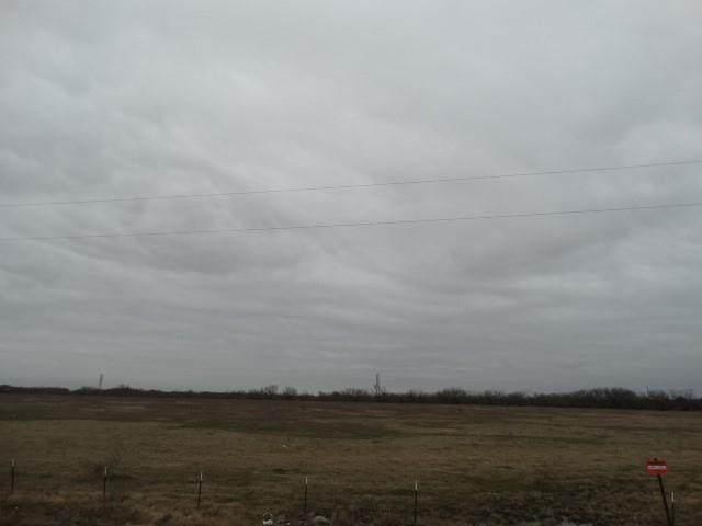 17930 N Interstate Hwy North 35, West, TX 76691 (MLS #9311401) :: The Parodi Team at Realty Associates