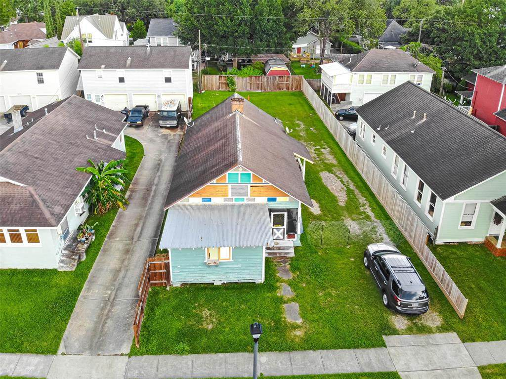 820 Cortlandt Street - Photo 1