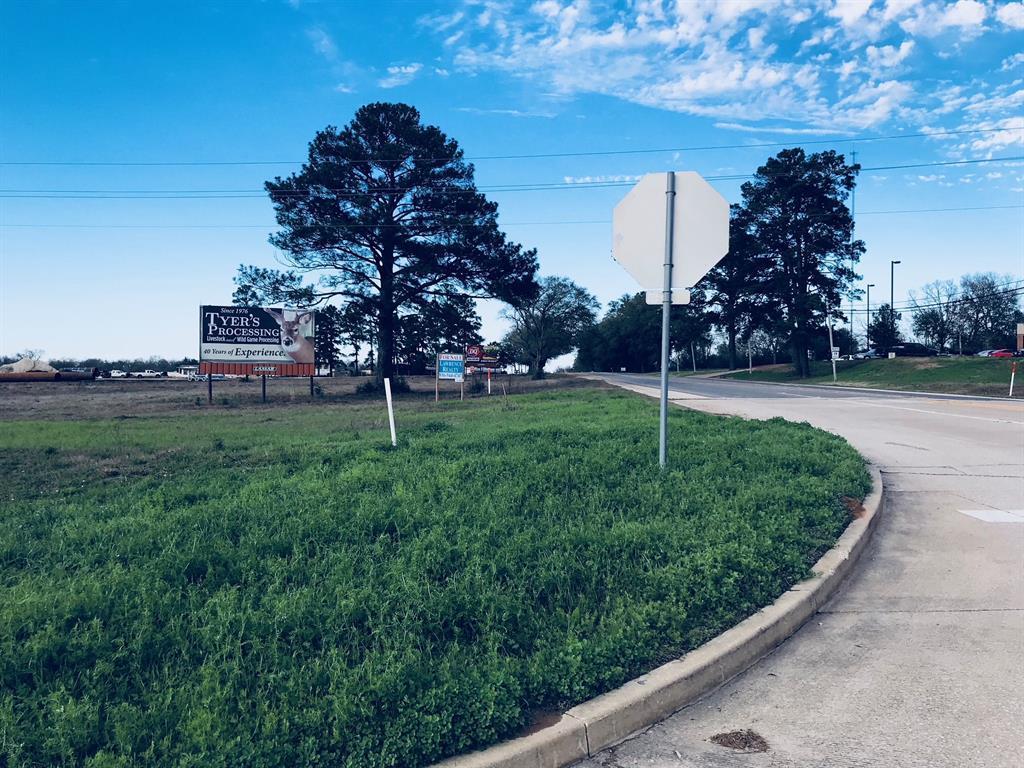 NA South Loop 304 - Photo 1