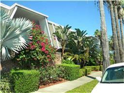 1726 Broadway Street B-8, Galveston, TX 77550 (MLS #93627014) :: Carrington Real Estate Services