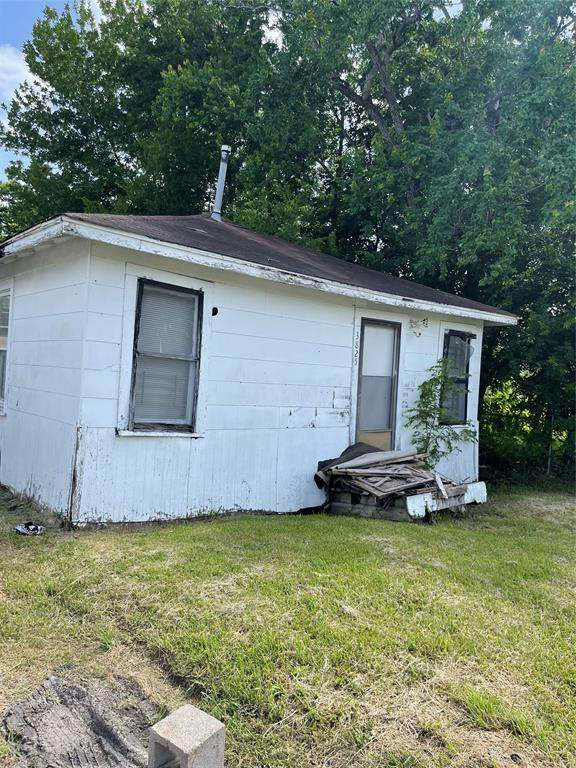 3821 Redbud Street, Houston, TX 77051 (MLS #93977219) :: My BCS Home Real Estate Group