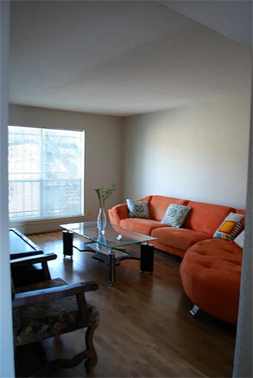 6202 Skyline Drive #20, Houston, TX 77057 (MLS #93993159) :: Carrington Real Estate Services