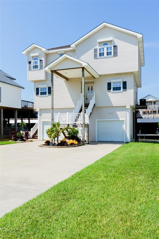 1519 Windsong Way, Tiki Island, TX 77554 (MLS #94240226) :: The SOLD by George Team