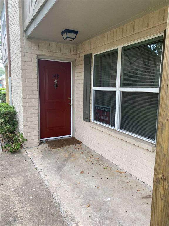 1701 Upland Drive #148, Houston, TX 77043 (MLS #94552126) :: Lerner Realty Solutions