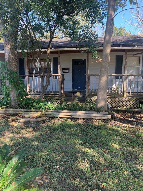 217 S 5th Street, La Porte, TX 77571 (MLS #94686309) :: Lerner Realty Solutions