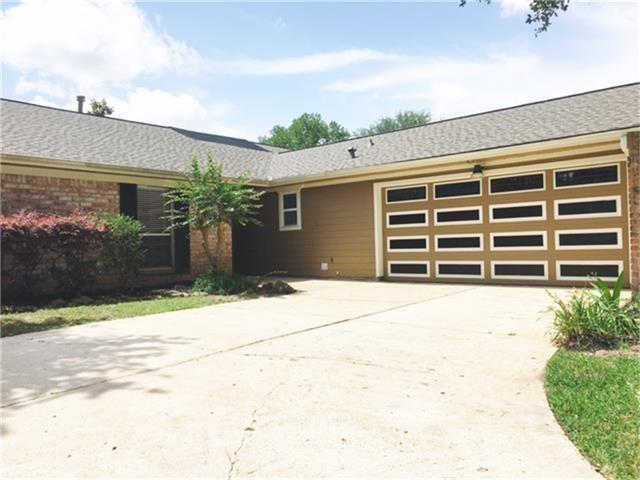 15623 Rolling Timbers Drive, Houston, TX 77084 (MLS #94820634) :: The SOLD by George Team