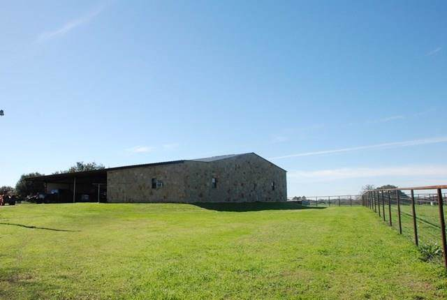1895 Fm 2434, Weimar, TX 78962 (MLS #94948004) :: The SOLD by George Team