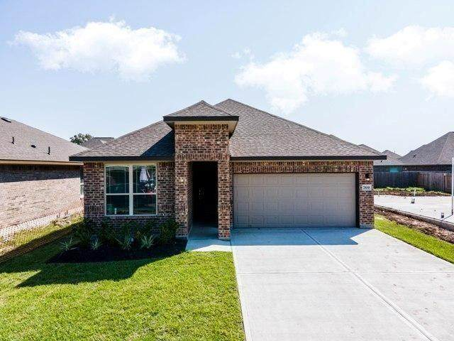 769 Rosewood, Angleton, TX 77515 (MLS #95063313) :: The Home Branch