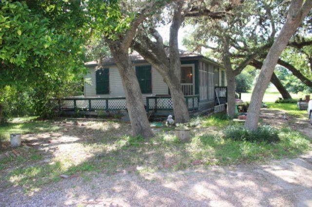 335 Grand Oak #1, Palacios, TX 77465 (MLS #953822) :: Texas Home Shop Realty